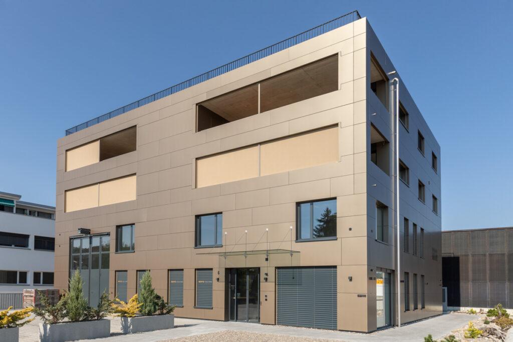 Neubau Wohn- und Gewerbehaus Unterentfelden